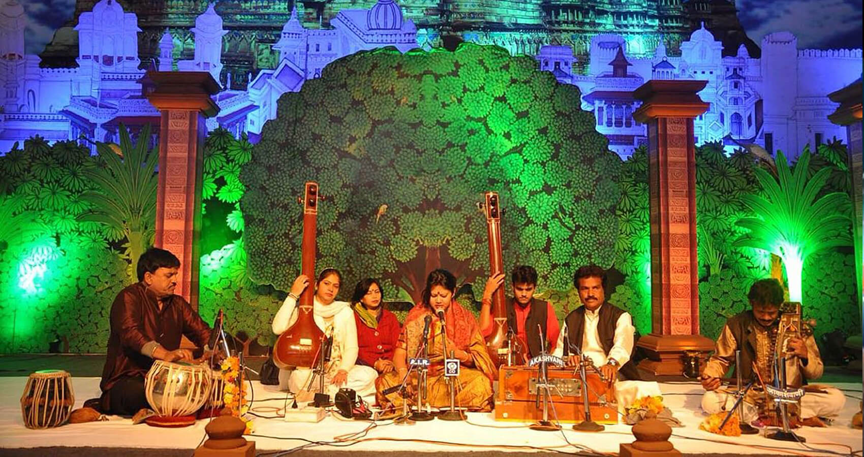 Classical Musicians From India & North America Perform At The Chaar Prahar Indian Classical Music Festival For A Global Audience