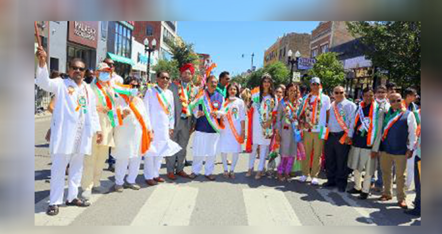 India Independence Day Parade Adds Glitters To 'Little India' Devon Avenue